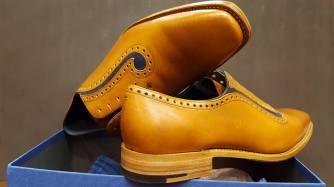 Fine protective soles.